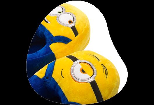 Imagem mostrando os detalhes de costura da Pantufa de Minions